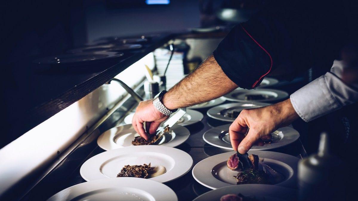 Compartilhando o amor pela gastronomia com quem é de casa