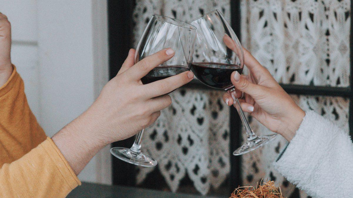 5 lugares para beber vinho no Rio