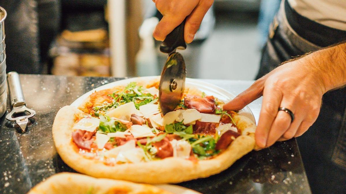 Os 8 sabores de pizza mais pedidos no Brasil
