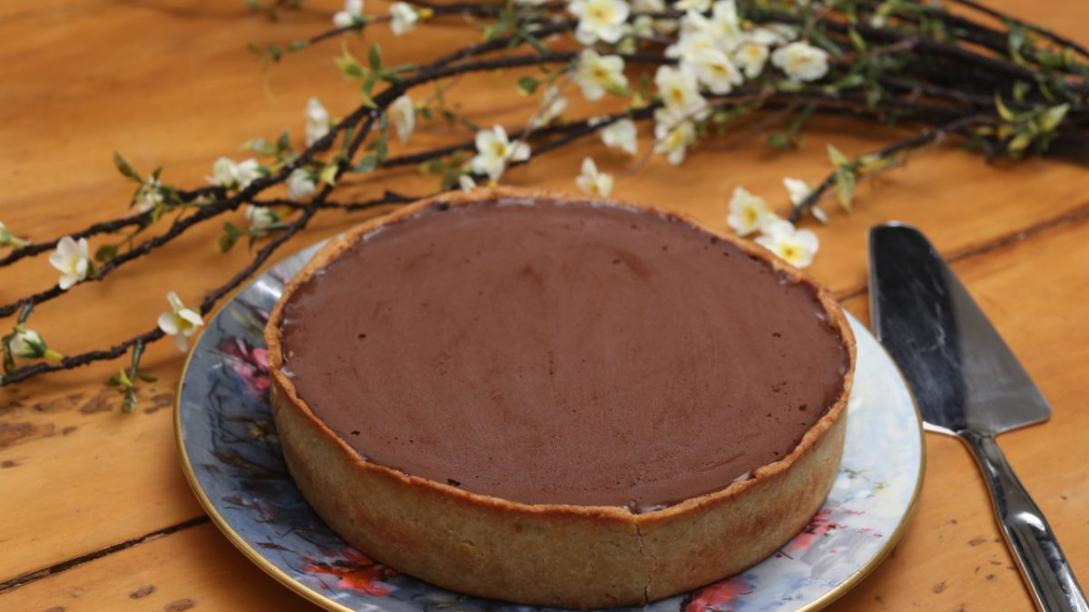 Sobremesa de páscoa: Aprenda a receita da Torta Flan, da Chef Yasmin Alencar